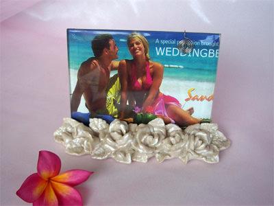Pearly White Roses 4R Frame,marco mario souvenir, wedding souvenirs, souvenir pernikahan surabaya indonesia, wedding favors, souvenir ideas, royal wedding souvenirs