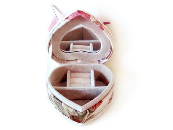 Vintage Jewelry box S,marco mario souvenir, wedding souvenirs, souvenir pernikahan surabaya indonesia, wedding favors, souvenir ideas, royal wedding souvenirs