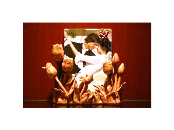 Tulip potrait photo frame,marco mario souvenir, wedding souvenirs, souvenir pernikahan surabaya indonesia, wedding favors, souvenir ideas, royal wedding souvenirs