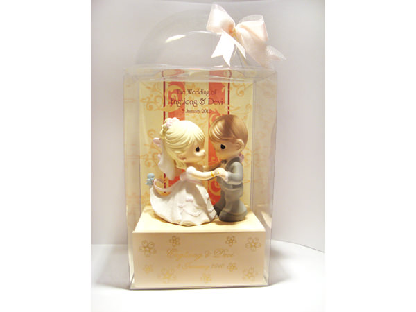 Dancing Couple Mini Drawer,marco mario souvenir, wedding souvenirs, souvenir pernikahan surabaya indonesia, wedding favors, souvenir ideas, royal wedding souvenirs