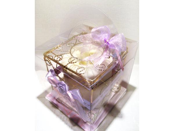 Violet Roses Gold Iron Tissue Box,marco mario souvenir, wedding souvenirs, souvenir pernikahan surabaya indonesia, wedding favors, souvenir ideas, royal wedding souvenirs