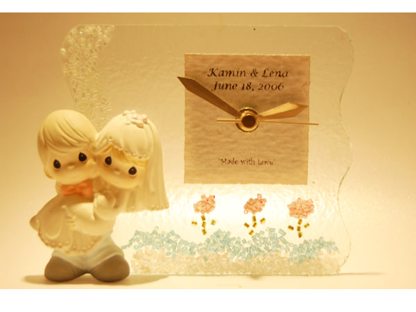 Romantic Couple Glass Clock ,marco mario souvenir, wedding souvenirs, souvenir pernikahan