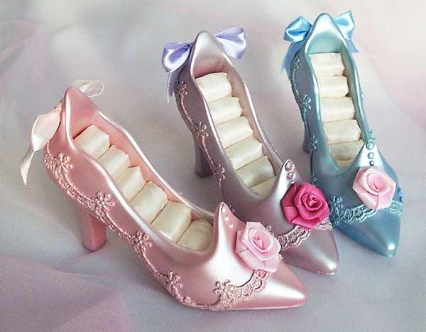 Pearl Stiletto Ring Holder,marco mario souvenir, wedding souvenirs, souvenir pernikahan