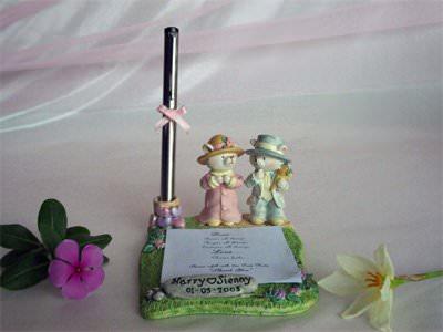 Romantic Bear Memo Holder,marco mario souvenir, wedding souvenirs, souvenir pernikahan surabaya indonesia, wedding favors, souvenir ideas, royal wedding souvenirs