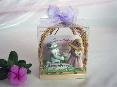 Romantic Bear Card Holder,marco mario souvenir, wedding souvenirs, souvenir pernikahan surabaya indonesia, wedding favors, souvenir ideas, royal wedding souvenirs