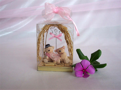 Creamy Bear Photo or Memo Holder,marco mario souvenir, wedding souvenirs, souvenir pernikahan surabaya indonesia, wedding favors, souvenir ideas, royal wedding souvenirs