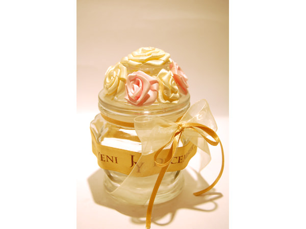 Beauty Roses Jar,marco mario souvenir, wedding souvenirs, souvenir pernikahan surabaya indonesia, wedding favors, souvenir ideas, royal wedding souvenirs