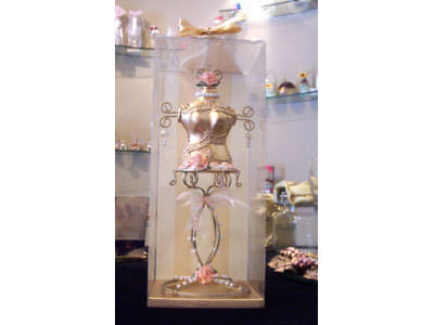 Manequin Jewelry Holder,marco mario souvenir, wedding souvenirs, souvenir pernikahan