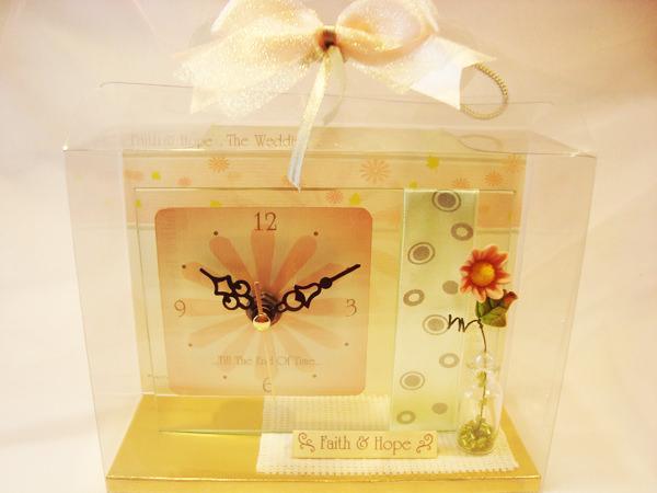Daisy Clock1,marco mario souvenir, wedding souvenirs, souvenir pernikahan surabaya indonesia, wedding favors, souvenir ideas, royal wedding souvenirs