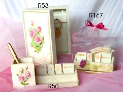 Baby Pink Rose Set 2,marco mario souvenir, wedding souvenirs, souvenir pernikahan surabaya indonesia, wedding favors, souvenir ideas, royal wedding souvenirs