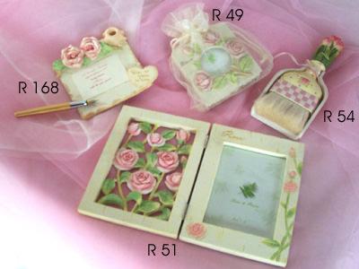Baby Pink Rose Set,marco mario souvenir, wedding souvenirs, souvenir pernikahan surabaya indonesia, wedding favors, souvenir ideas, royal wedding souvenirs