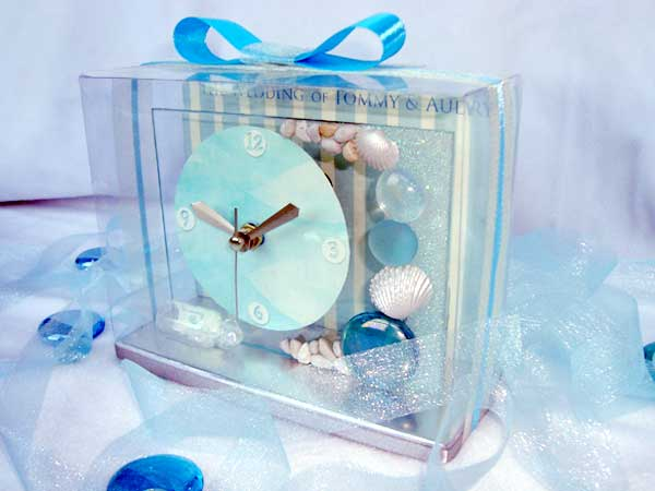 Oceanic Clear Glass Clock ,marco mario souvenir, wedding souvenirs, souvenir pernikahan surabaya indonesia, wedding favors, souvenir ideas, royal wedding souvenirs
