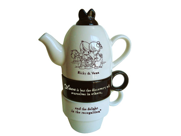 Personalized Tea Set,marco mario souvenir, wedding souvenirs, souvenir pernikahan surabaya indonesia, wedding favors, souvenir ideas, royal wedding souvenirs