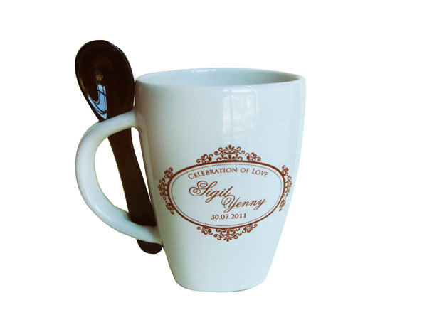 Mug and Spoon,marco mario souvenir, wedding souvenirs, souvenir pernikahan