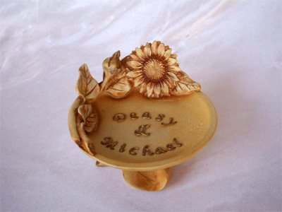 Exclusive Bon Bon Holder,marco mario souvenir, wedding souvenirs, souvenir pernikahan