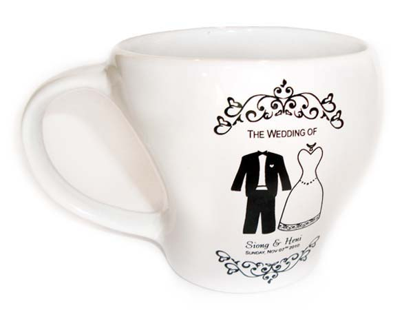 Tuxedo and Gown Printed Mug,marco mario souvenir, wedding souvenirs, souvenir pernikahan surabaya indonesia, wedding favors, souvenir ideas, royal wedding souvenirs