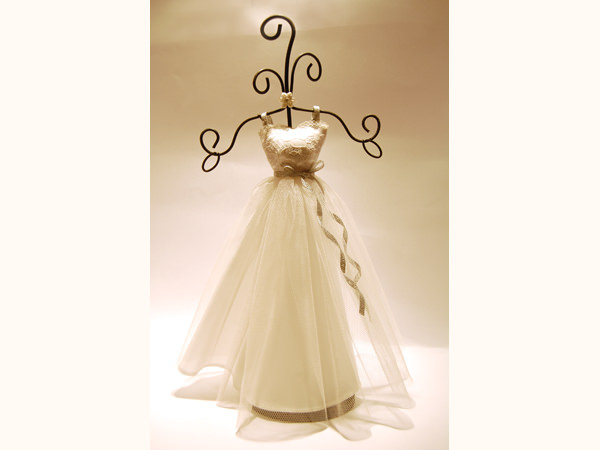 Wedding Gown Jewelry Holder,marco mario souvenir, wedding souvenirs, souvenir pernikahan