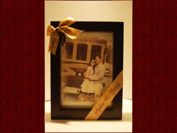 Double Sided Frame,marco mario souvenir, wedding souvenirs, souvenir pernikahan surabaya indonesia, wedding favors, souvenir ideas, royal wedding souvenirs