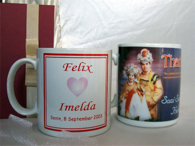 Personalized Mug,marco mario souvenir, wedding souvenirs, souvenir pernikahan surabaya indonesia, wedding favors, souvenir ideas, royal wedding souvenirs