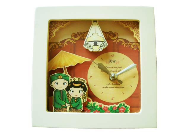 Traditional Paper Tole Clock,marco mario souvenir, wedding souvenirs, souvenir pernikahan surabaya indonesia, wedding favors, souvenir ideas, royal wedding souvenirs