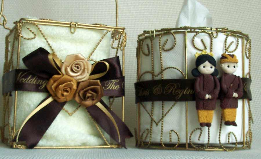 Traditional Gold Iron Tissue Holder,marco mario souvenir, wedding souvenirs, souvenir pernikahan surabaya indonesia, wedding favors, souvenir ideas, royal wedding souvenirs
