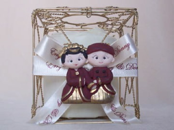 Traditional Gold Iron Tissue Box,marco mario souvenir, wedding souvenirs, souvenir pernikahan surabaya indonesia, wedding favors, souvenir ideas, royal wedding souvenirs