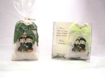 Traditional HP pouch ,marco mario souvenir, wedding souvenirs, souvenir pernikahan surabaya indonesia, wedding favors, souvenir ideas, royal wedding souvenirs