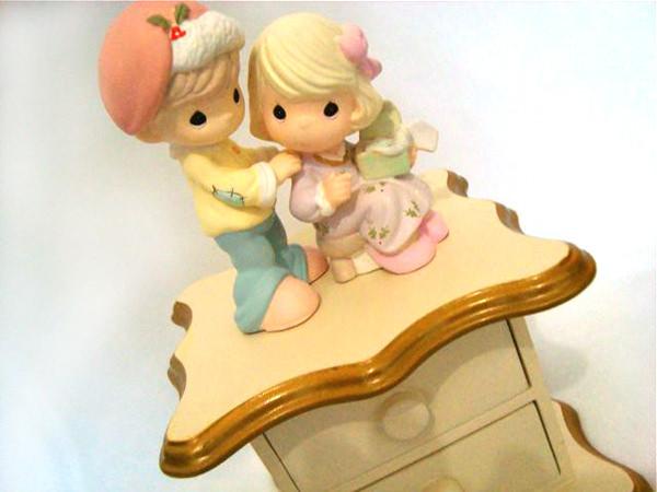 Sweet Boy and Girl drawer ,marco mario souvenir, wedding souvenirs, souvenir pernikahan surabaya indonesia, wedding favors, souvenir ideas, royal wedding souvenirs