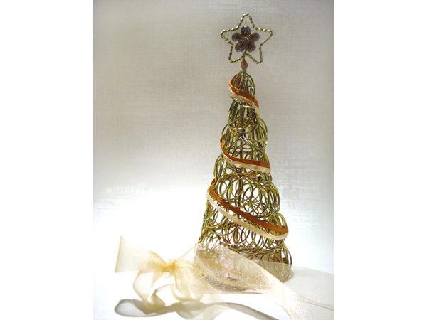 Gold Christmas Tree,marco mario souvenir, wedding souvenirs, souvenir pernikahan surabaya indonesia, wedding favors, souvenir ideas, royal wedding souvenirs