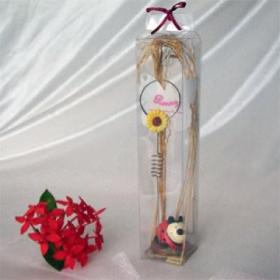 Ladybird Photo or Memo Holder ,marco mario souvenir, wedding souvenirs, souvenir pernikahan