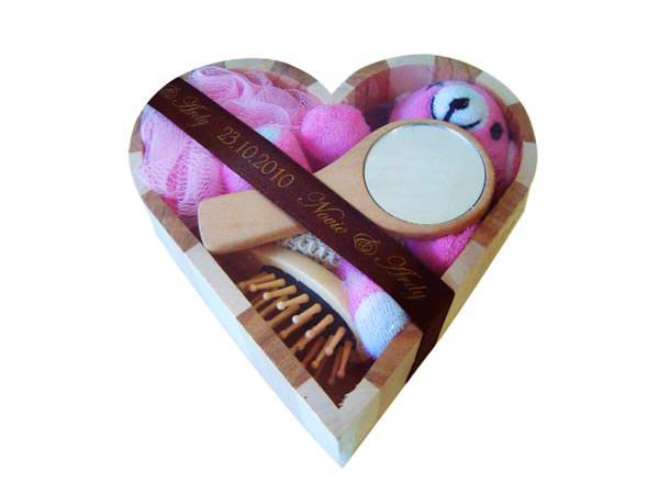 Heart Wooden Box Spa Set L,marco mario souvenir, wedding souvenirs, souvenir pernikahan surabaya indonesia, wedding favors, souvenir ideas, royal wedding souvenirs