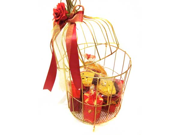 Gold Cage with Red Rose,marco mario souvenir, wedding souvenirs, souvenir pernikahan