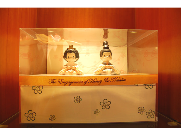 Japanese Couple Engagement Box,marco mario souvenir, wedding souvenirs, souvenir pernikahan