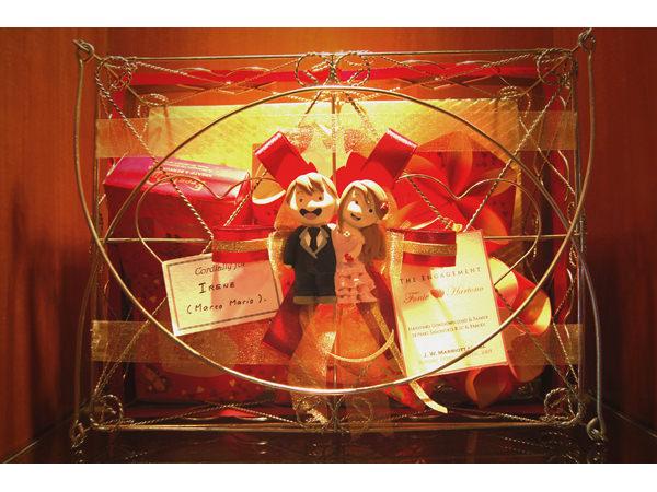 Happy Couple Tingjing Basket,marco mario souvenir, wedding souvenirs, souvenir pernikahan