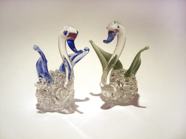 Swan Crystal ,marco mario souvenir, wedding souvenirs, souvenir pernikahan surabaya indonesia, wedding favors, souvenir ideas, royal wedding souvenirs