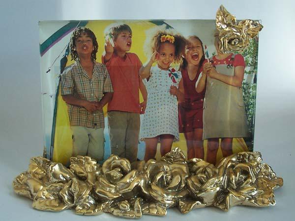 Gold Roses 4R photo frame,marco mario souvenir, wedding souvenirs, souvenir pernikahan surabaya indonesia, wedding favors, souvenir ideas, royal wedding souvenirs