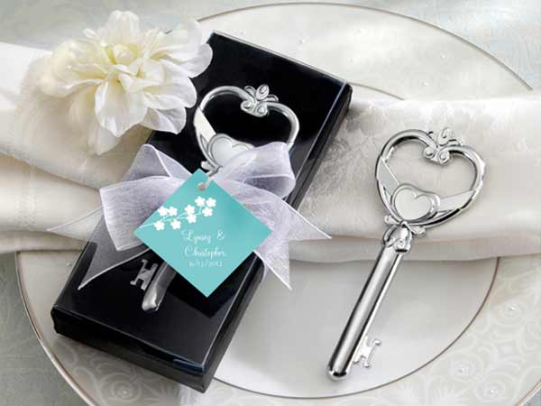 Key to My Heart Bottle Opener ,,marco mario souvenir, wedding souvenirs, souvenir pernikahan surabaya indonesia, wedding favors, souvenir ideas, royal wedding souvenirs
