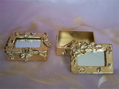 Gold Treasure Box,marco mario souvenir, wedding souvenirs, souvenir pernikahan surabaya indonesia, wedding favors, souvenir ideas, royal wedding souvenirs