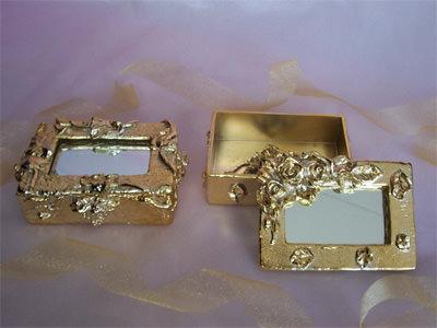 Gold Treasure Box,marco mario souvenir, wedding souvenirs, souvenir pernikahan surabaya indonesia, wedding favors, souvenir ideas, royal wedding souvenirs