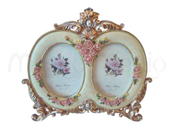 2 Oval Classic Frame,marco mario souvenir, wedding souvenirs, souvenir pernikahan surabaya indonesia, wedding favors, souvenir ideas, royal wedding souvenirs