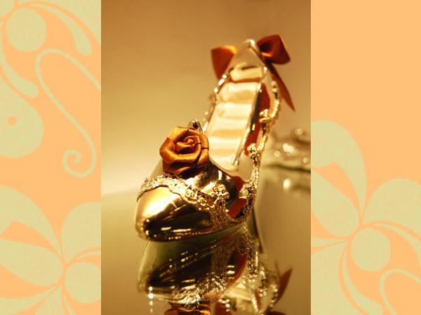 Silver Stiletto Ring Holder,marco mario souvenir, wedding souvenirs, souvenir pernikahan