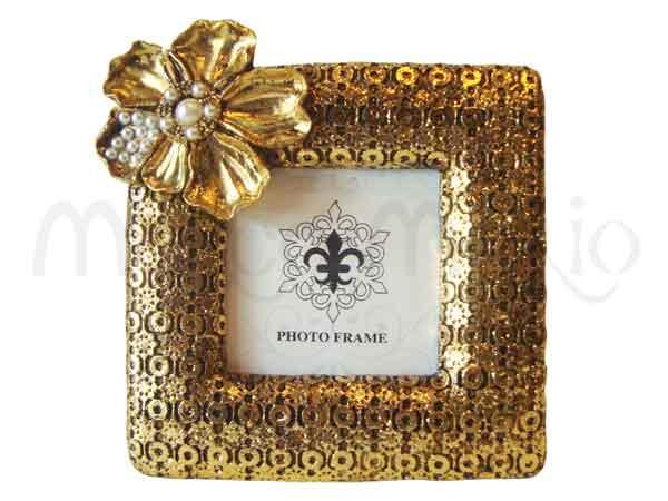 Gold Flower Vintage Frame,marco mario souvenir, wedding souvenirs, souvenir pernikahan