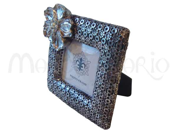 Silver Flower Vintage Frame,marco mario souvenir, wedding souvenirs, souvenir pernikahan surabaya indonesia, wedding favors, souvenir ideas, royal wedding souvenirs