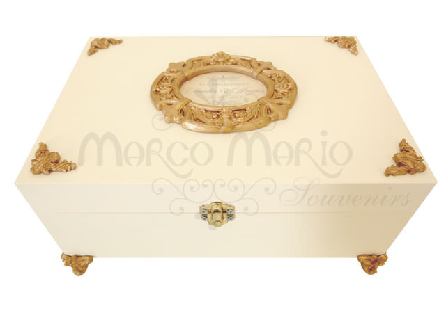 Vintage Wooden Box,marco mario souvenir, wedding souvenirs, souvenir pernikahan surabaya indonesia, wedding favors, souvenir ideas, royal wedding souvenirs