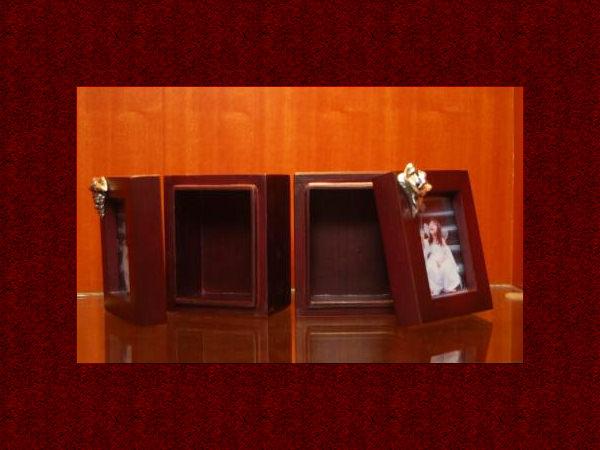 Mini Wooden box and photo frame,marco mario souvenir, wedding souvenirs, souvenir pernikahan surabaya indonesia, wedding favors, souvenir ideas, royal wedding souvenirs
