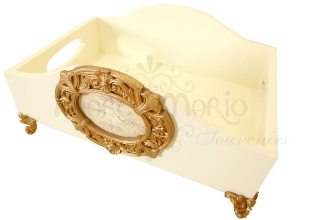 Vintage Wooden Tray 1,marco mario souvenir, wedding souvenirs, souvenir pernikahan surabaya indonesia, wedding favors, souvenir ideas, royal wedding souvenirs