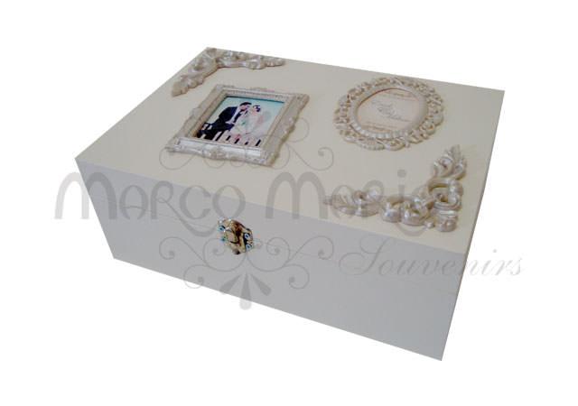 vintage frame treasure box,marco mario souvenir, wedding souvenirs, souvenir pernikahan