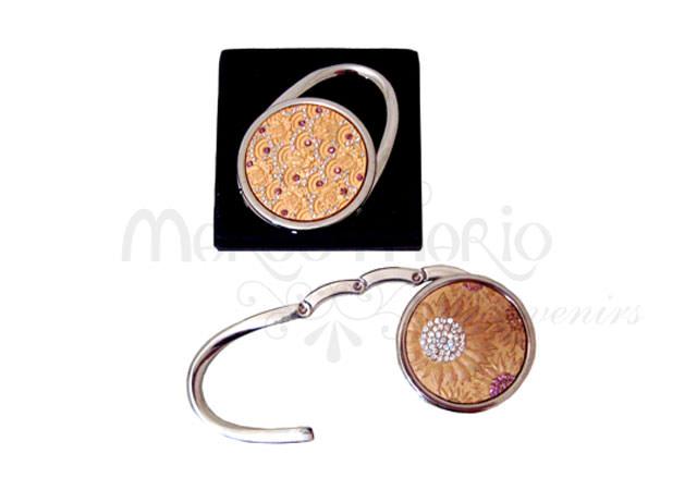 gold bag hanger,marco mario souvenir, wedding souvenirs, souvenir pernikahan surabaya indonesia, wedding favors, souvenir ideas, royal wedding souvenirs