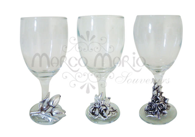 silverish wine glass,marco mario souvenir, wedding souvenirs, souvenir pernikahan surabaya indonesia, wedding favors, souvenir ideas, royal wedding souvenirs
