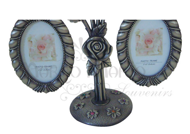 hanging rose frame chrome,marco mario souvenir, wedding souvenirs, souvenir pernikahan surabaya indonesia, wedding favors, souvenir ideas, royal wedding souvenirs